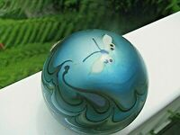 Nice Vtg. LUNDBERG STUDIOS BUTTERFLY PAPERWEIGHT: Aqua,Pulled Feather,  3