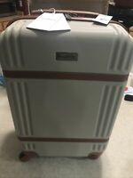 New TOMMY BAHAMA 20quot; Spinner Carry On Hardside Suitcase Travel Luggage Tan