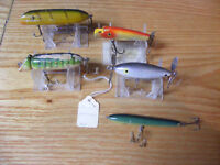 5 Vintage Wood Fishing Lures Paw Paw Shoffner and Others Various Colors