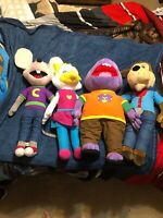 Giant Top Shelf Chuck E. Cheese Dolls (Four Total) Collectibles