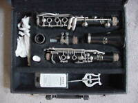 Vito clarinet used student instrument with hard case and CLICK tuning barrel
