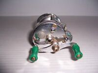 Vintage Pflueger Akron No.1893 Fishing Reel Made in U.S.A..
