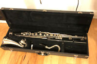 YAMAHA YCL220 BASS CLARINET IN PLAYING CONDITION BUT NEEDS LIGATURE. MADE IN USA