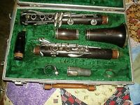 1962 Boosey & Hawkes  Model 2-20 Clarinet W/Original Case Needs Serviced