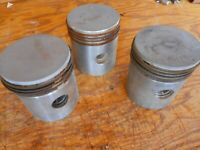Indian NOS 1941 741 Scout Engine Piston with Rings Lot