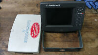 Lowrance LCX-19c Sonar Fishfinder GPS LCX19 LCX19c fish finder combo lcx-18c