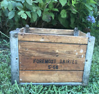 Foremost Dairy Foods Wooden Milk Crate With Galvenized Metal Corner