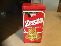 Vintage 1971 Keebler Zesta Saltine Crackers 14 Oz. Tin Box
