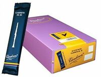 Vandoren CR1025/50 Bb Clarinet Traditional Reeds Strength 2.5; 50 Total