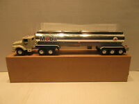 Limited Edition Unused Mobil Tanker Truck 1994 mint in box 14#x27;#x27; Long