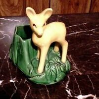 SHAWNEE VTG. MID-20th CENTURY YELLOW /GREEN  DECORATIVE DEER PLANTER - #624