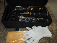 OXFORD CLARINET with PADDED HARD CASE - VERY GOOD STUDENT MODEL