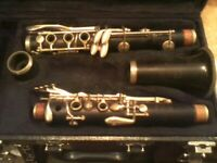 BUESCHER 400 SPECIAL WOOD CLARINET NEEDS REPAD PLEASE READ BEFORE BUYING