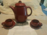 Vinatge Bybee Pottery Kentucky Marroon Glazed Tea/Coffee Pot With 2 Cups/Saucer