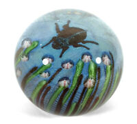 1978 VINTAGE ORIENT FLUME ART GLASS PAPERWEIGHT BEETLE FLOWERS CHICO CALIFORNIA