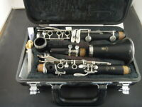YAMAHA Model 250 Clarinet & Case
