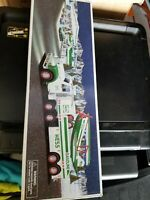 Hess 2002 TOY TRUCK AND AIRPLANE VEHICLE - NEW