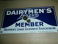 Vintage Porcelain Metal Farm Milk Dairy Sign Dairymen's League Member
