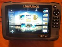 Lowrance HDS 7 Gen3 Fishfinder Complete Bundle with HST WST and LSS2 Transducers