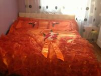 GLAMOROUS LUXURIOUS BED COVERS