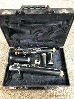 Armstrong Clarinet Model 4001 With Hard Case