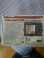Lowrance LMS-337c DF GPS & depth and fish finder