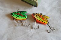 Two VINTAGE HEDDON SONIC FISHING LURE RARE COLOR 385 One Boxed