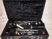 Selmer U.S.A. CL300 Clarinet With Black Hard Case and One Reed **USED**