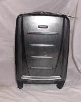 Samsonite Winfield 2 Fashion 20-inch Hardside Spinner in Charcoal