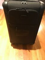 Tumi Republic Record Alpha 2 International Carry On Suitcase Expandable Luggage
