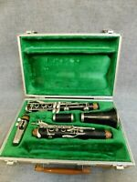 BOOSEY+HAWKES SERIES 1-10 SOPRANO Bb CLARINET 26.25'' HARD CASE LONDON, ENGLAND