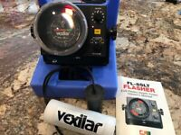 Vexilar FL-8 SLT Fish Finder with Genz box, Mag Shield, and manual