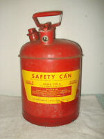 Vintage EAGLE Chessie system 5 Gallon Metal safety Gasoline Can USA