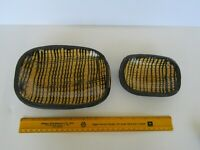 Vintage Small Colonial Williamsburg Restoration Slipware Yellow Pottery Platters