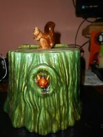 1950 Vallona Starr green Squirrel Cookie Jar Pottery Log Tree Stump California
