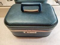 JC Penney Hard Carry On Small Suitcase Luggage Vintage No key