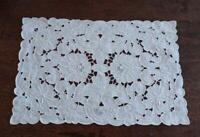 Vintage Set 8 Cutwork Embroidered Placemats Honeycomb Lace Linen White
