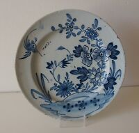 A LARGE 18th ENGLISH DELFT DELFTWARE PLATE 'FLORAL & BIRD' (c.1720/40)