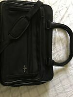 Vintage Atlantic Luggage Travel Bag Carry On Overnight Deep Black With Strap