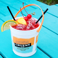 FULL CASE OF 250 CRUZAN RUM 32oz BUCKETS WITH HANDLE - GREAT FOR BARS / PARTIES