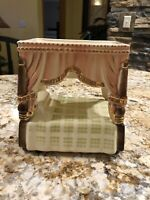 Shawnee Pottery Gold Trim Bed Planter Very Rare And Hard To Find Heavy Gold Trim