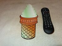 VINTAGE DAIRY QUEEN ICE CREAM CONE! TASTEE FREEZ SHAKE RESTAURANT 12