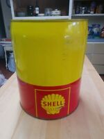 VINTAGE SHELL OIL 5 GALLON METAL GAS CAN IN GREAT CONDITION. NORTON MFG. OAKLAND