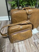 Vintage Luggage Airway Leather Suitcase Lock amp; Key Brown Leather amp; New Carry On
