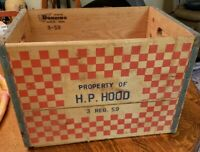 1959 HOODS DAIRY MILK CRATE WOOD MILK BOX EXCELLENT CONDITION