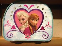 ANNA AND ELSA DISNEY STORE CLASSIC ROLLING LUGGAGE-