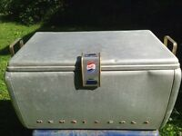 Vintage drink Pepsi cola cooler with bottle cap openet