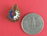 old lapel pin / buttonhole    FORDSON TRACTOR    50s     <76a>