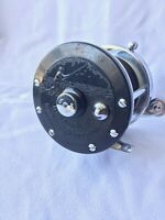 Vintage Penn No. 100 Surfmaster Fishing Reel  Made In USA, Beautiful condition!