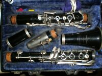 Selmer Bundy USA Made Bb Resonite Clarinet in  Good Condition with Original Case